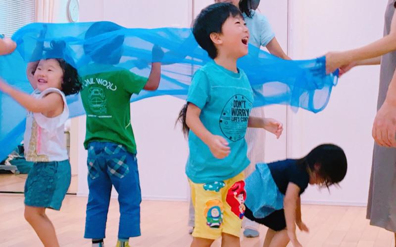 リトミック×キッズコーチングで、幸せな子育てを実現します(教室の理念)